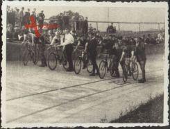 Foto Heidenau Sachsen, Einweihung der Radrennbahn