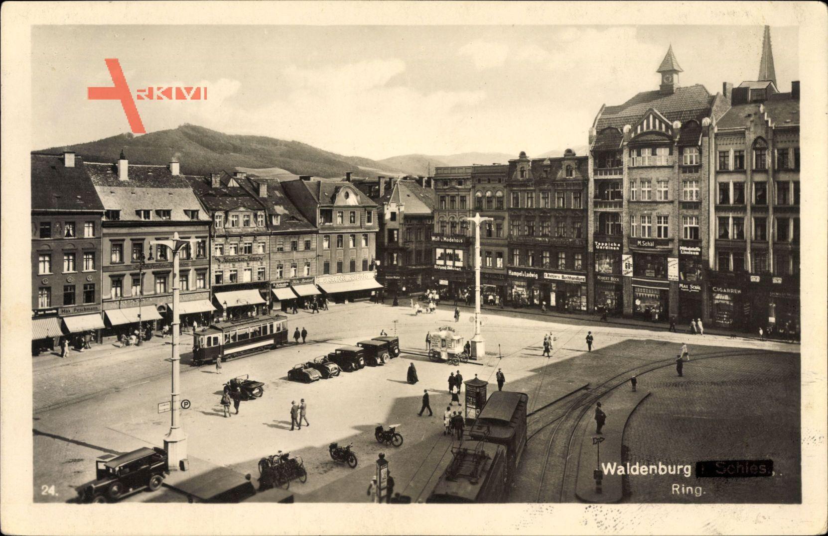 Wałbrzych Waldenburg Schlesien, Ring, Rynek, Markt, Straßenbahn