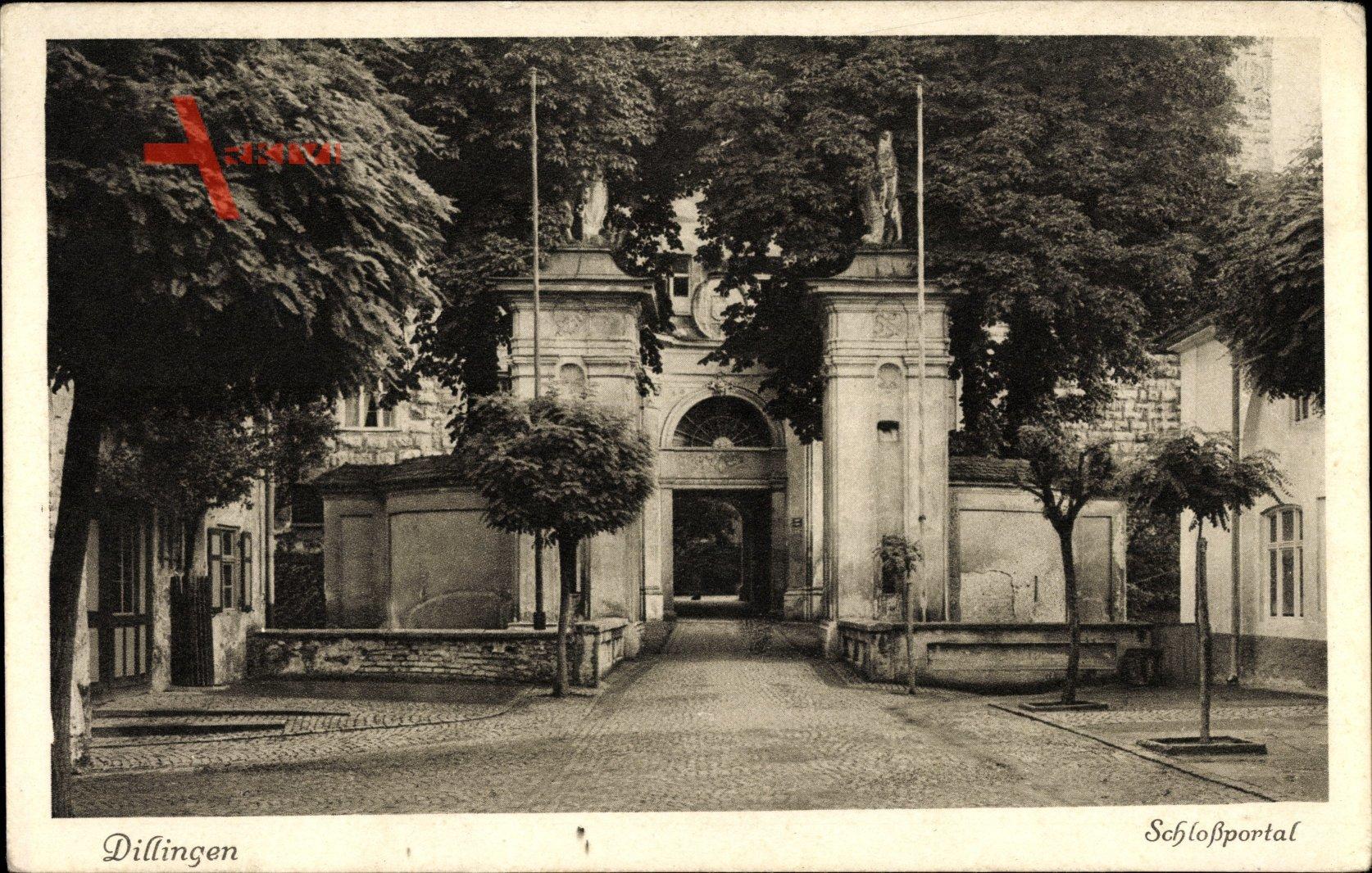 Dillingen Donau, Blick auf das Schlossportal, Eingangstor