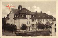 Reuterstadt Stavenhagen, Straßenpartie mit Blick auf das Schulhaus