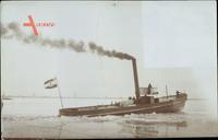 Schleppschiff als Eisbrecher im Hafen