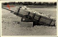 Weimar in Thüringen, KZ Buchenwald, Wagen mit Steinen beladen
