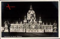 Hannover, Rathaus, Nachtaufnahme, Beleuchtung, Hakenkreuz Fahnen