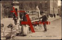 Berlin, Berliner Typen, Messina zuckersüß, Hund mit Maulkorb