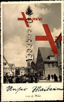 Heidenheim, Blick auf den Maibaum,Platz, Kinder