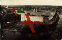 Narva Estland, Festung am Wasser aus der Höhe