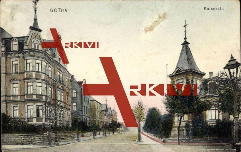 Gotha, Blick in die Kaiserstraße, Wohnhäuser; gelaufen 1910, fleckig, sonst guter Zustand; PLZ 99867