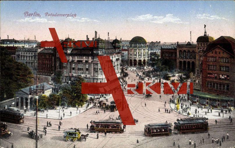 Berlin, Blick auf den Potsdamer Platz, Straßenbahnen