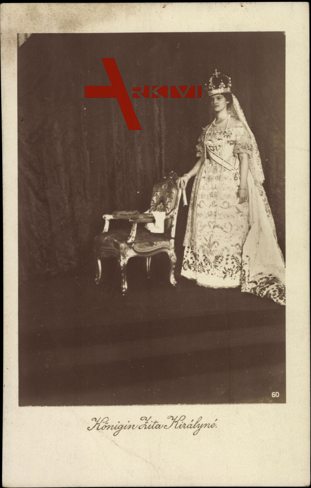 Königin Zita Királyné von Ungarn mit Pelz