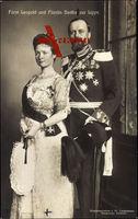 Fürst Leopold und Fürstin Bertha zur Lippe, Portrait, Uniform