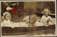 Kronprinz, Erzherzog Felix, Erzherzog Robert in ihrem Boot, BKWI