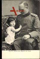Prinz Alfons von Bayern mit Sohn, Uniform, Kleinkind mit langen Haaren