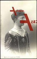 Herzogin Marie von Anhalt, Portrait, Perlenketten