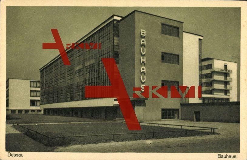 Dessau Sachsen Anhalt, Blick auf das Bauhaus, Außenansicht