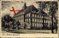Berlin Lichtenberg Karlshorst, Ansicht des Gymnasiums, Straßenseite