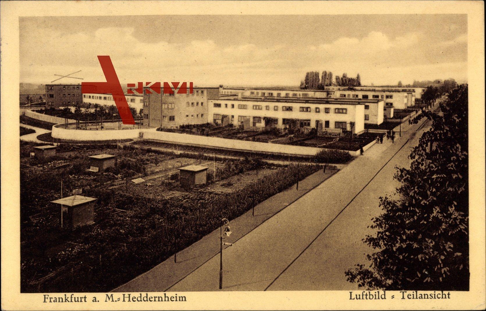 Heddernheim Frankfurt Main, Straßenpartie mit Gebäudekomplex