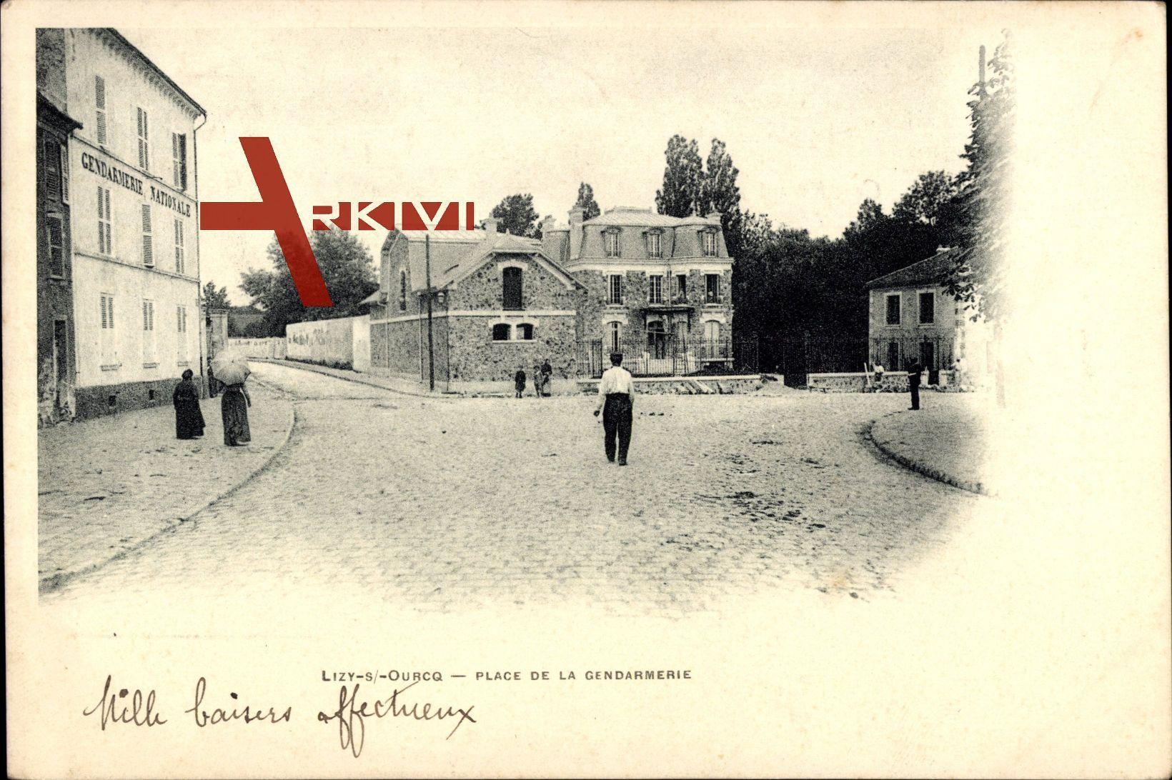 Lizy sur Ourcq Seine et Marne, vue générale de la Place de la Gendarmerie