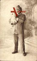Mann als Mohr verkleidet, Araber, Hund, Karneval, Kostüm