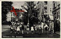 Mühlhausen Thüringen, Kirmesfeier, Beschmückter Baum, Kinder