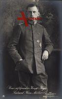 Kampfflieger Leutnant Hans Müller, Sanke 447, Uniform