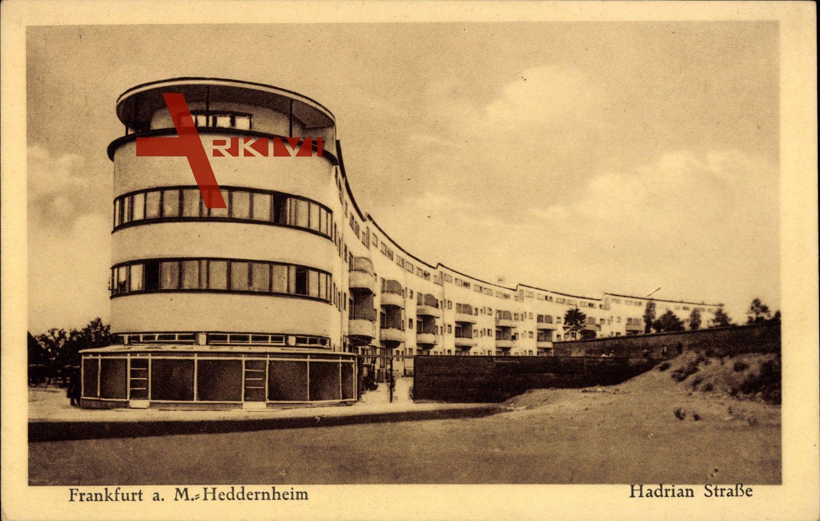 Frankfurt am Main, Das Heddernheim in der Hadrian Straße, Bauhaus