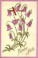 Kitsch, Ansicht eines Blumenstraußes mit lila Blüten