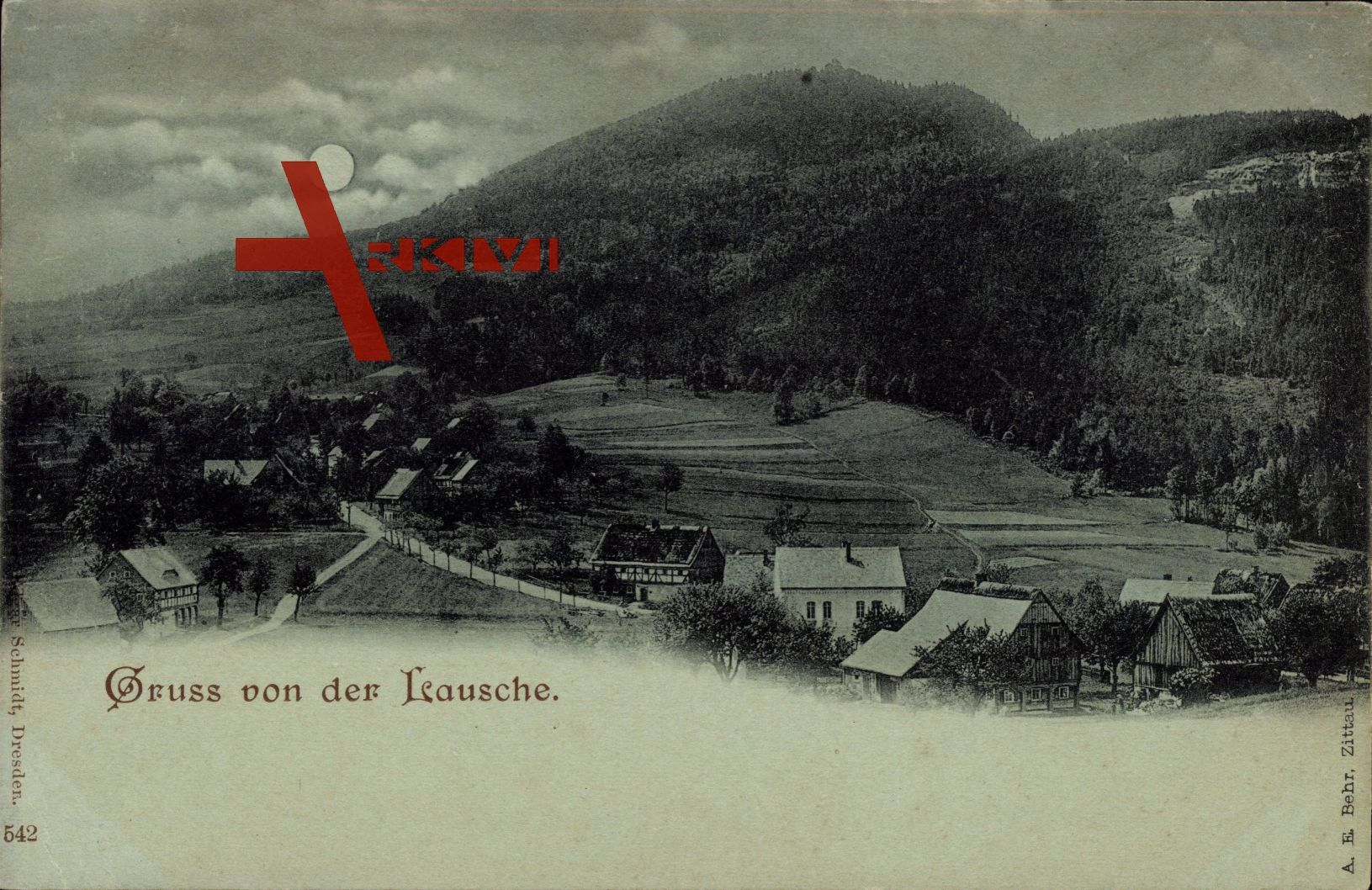 Mondschein Waltersdorf Großschönau, Teilansicht des Ortes mit Lausche