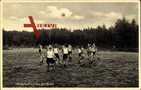 Soltau im Heidekreis, Kampfball auf dem Sportplatze, Landschulheim Nordmark