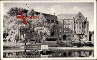 Berlin Weißensee, Blick vom Schwanenteich auf die Oberschule