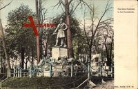 Berlin Neukölln, Blick auf das Jahn Denkmal in der Hasenheide