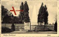 Berlin Lichtenberg Karlshorst, Partie im Park, Springbrunnen