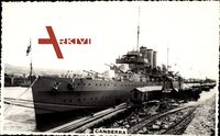 Australisches Kriegsschiff Canberra im Hafen liegend