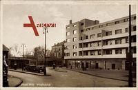 Düren Bamberg, Blick auf den Wirteltorplatz, Autos, Passanten, Bauhaus