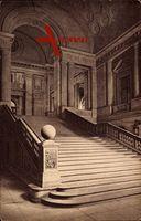 Berlin Mitte, Innenansicht Bibliothek, Aufgang zum Lesesaal un Katalogräumen