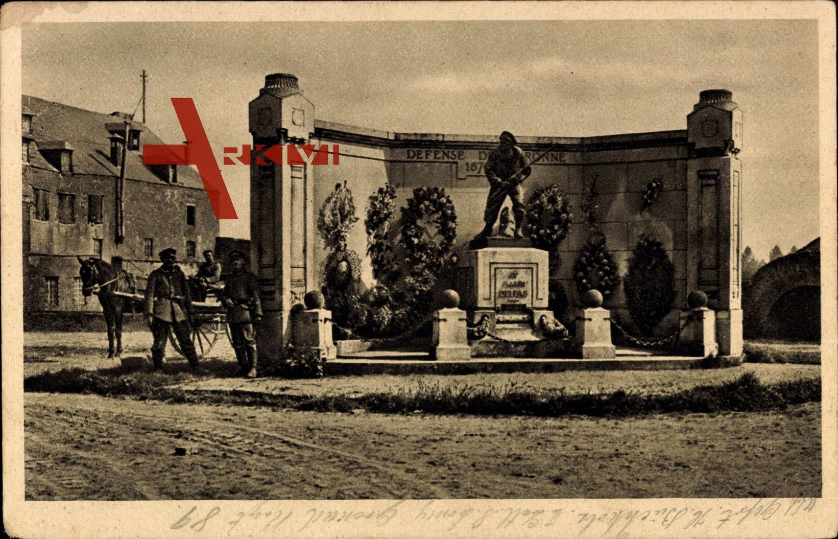 Péronne Somme, Blick auf das Denkmal von 1870 - 71