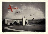 Berlin Tempelhof, Blick auf den platz der Luftbrücke, Flughafen, Flugzeuge