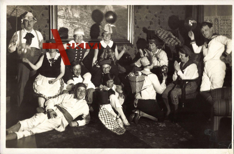 Karnevalsgesellschaft, Kostüme, Luftballons