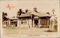 Cairns Queensland Australien, Street view with post office, palm trees