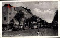 Berlin Weißensee, Blick auf den Anton Platz, Straßenbahn, Laster