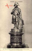 Salle Turenne, Musée de l'Armée, Statuette de Napoleon Bonaparte