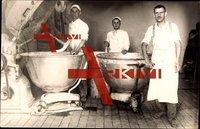 Bäcker, Konditoren bei der Arbeit, Rührschüsseln,Automat,Kuno Langenberg