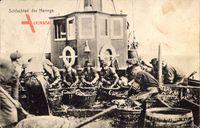 Schlachten der Heringe, Fischer bei der Arbeit an Bord