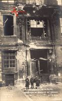 Berlin, Straßenkämpfe, Zerstörungen am Mittelportal des Schlosses, Märzkämpfe