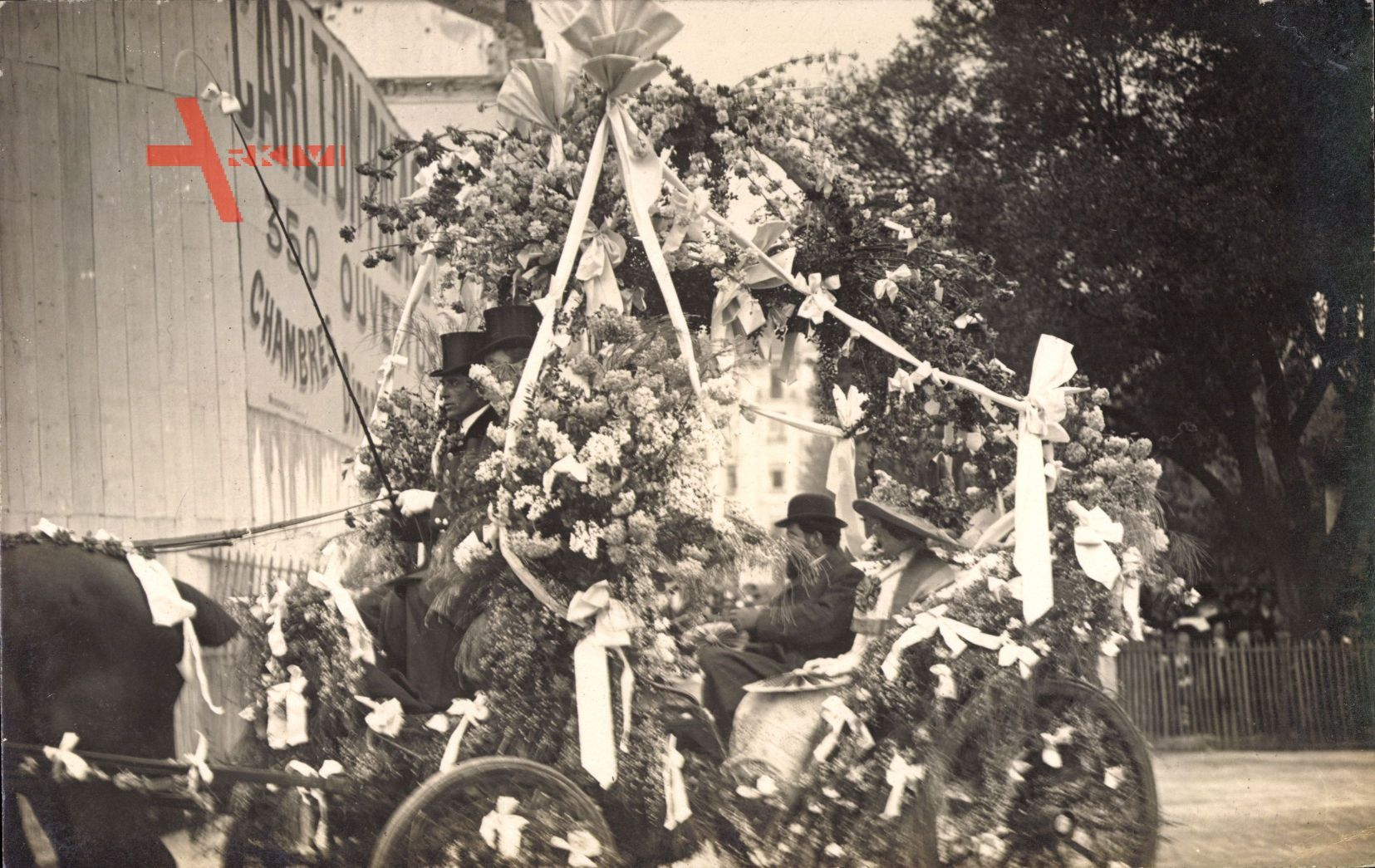 Nice Nizza Alpes Maritimes, Geschmückte Kutsche, Karneval