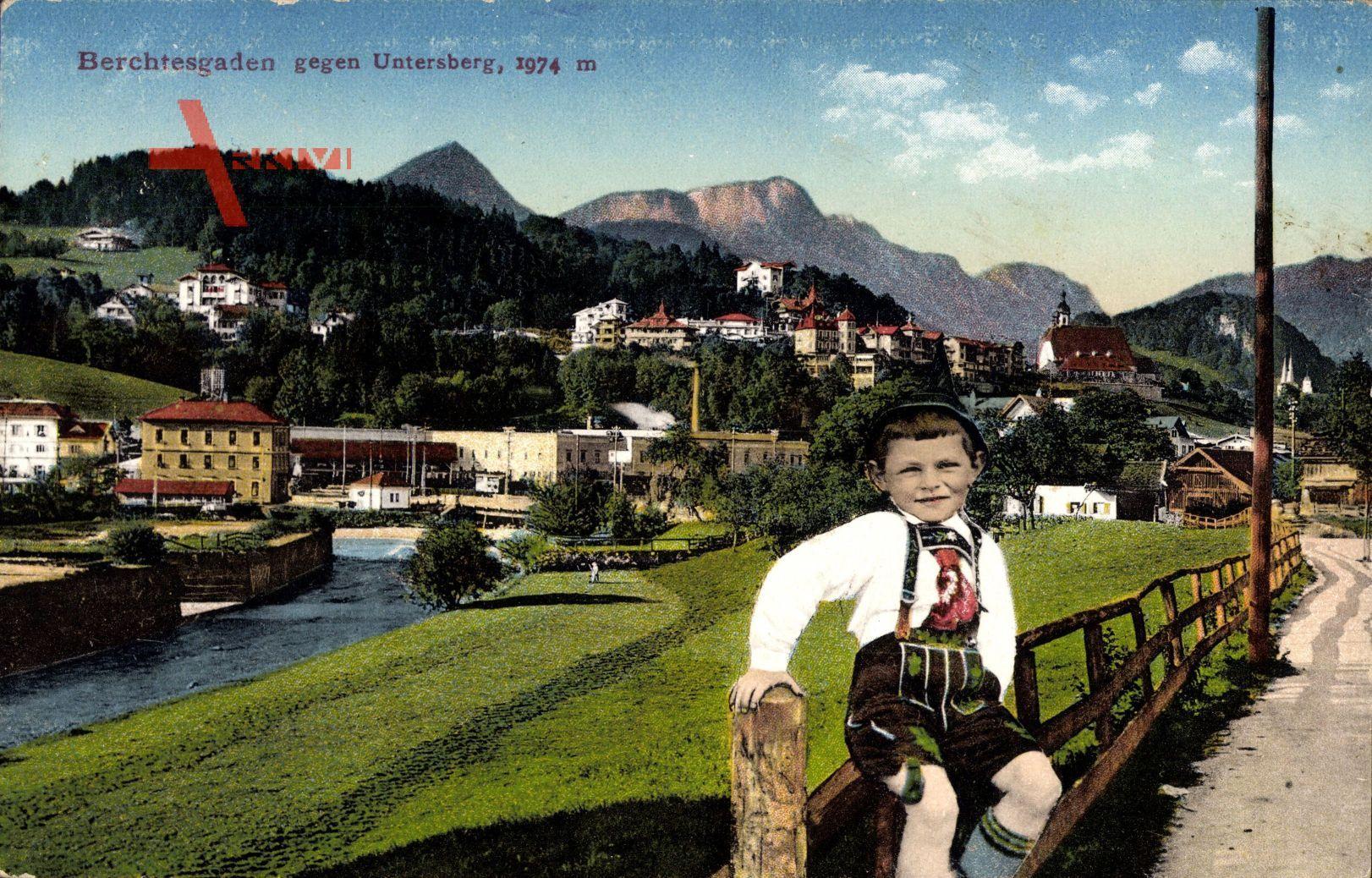Berchtesgaden, Blick auf den Ort, Untersberg, Junge in Tracht
