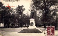 Lons le Saunier les Bains Jura, Statue de Rouget de Lisle, Straßenpartie