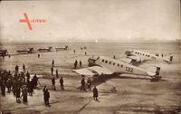 Berlin Tempelhof, Flugfeld, G 23, F 13, Passagierflugzeuge