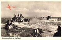 Deutsche Kriegsschiffe, Minenräumboote bei der Arbeit, Matrosen an Deck