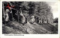 Waldwegebau, Seteinschüttung, Wehrmacht bei der Arbeit