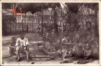 Brazzaville Franz. Kongo, Village indigène, Afrikanerdorf